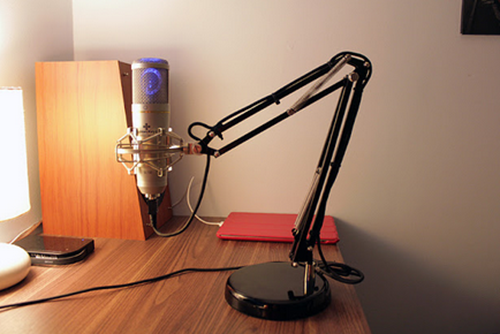 Articulate Rapid E-Learning Blog - make your own mic stand for audio narration